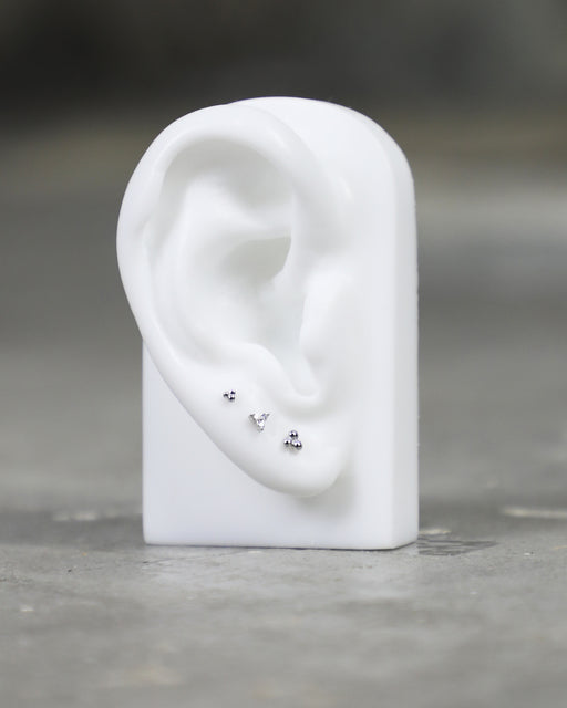 Maria Tash:Diamond Trinity Threaded Stud – Flat Back,ANOMIE