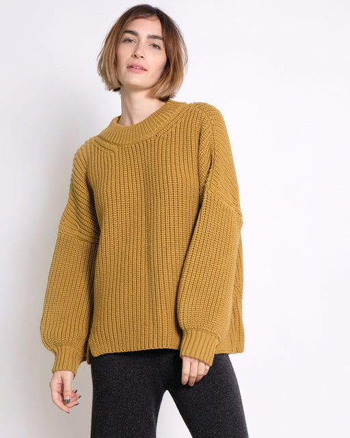 Micaela Greg:Notched Hem Sweater – Ochre,ANOMIE