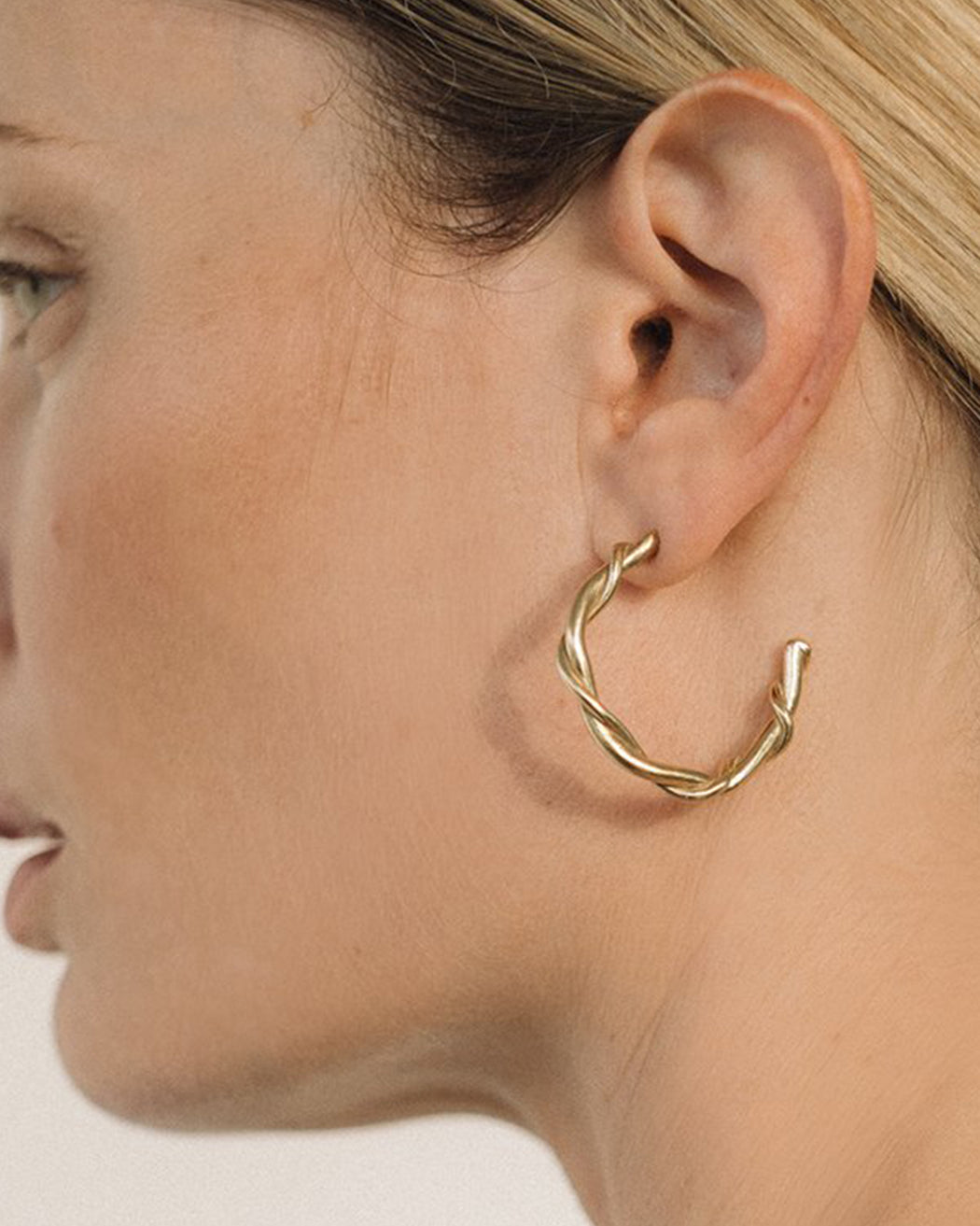 Another Feather:Rope Hoops,ANOMIE