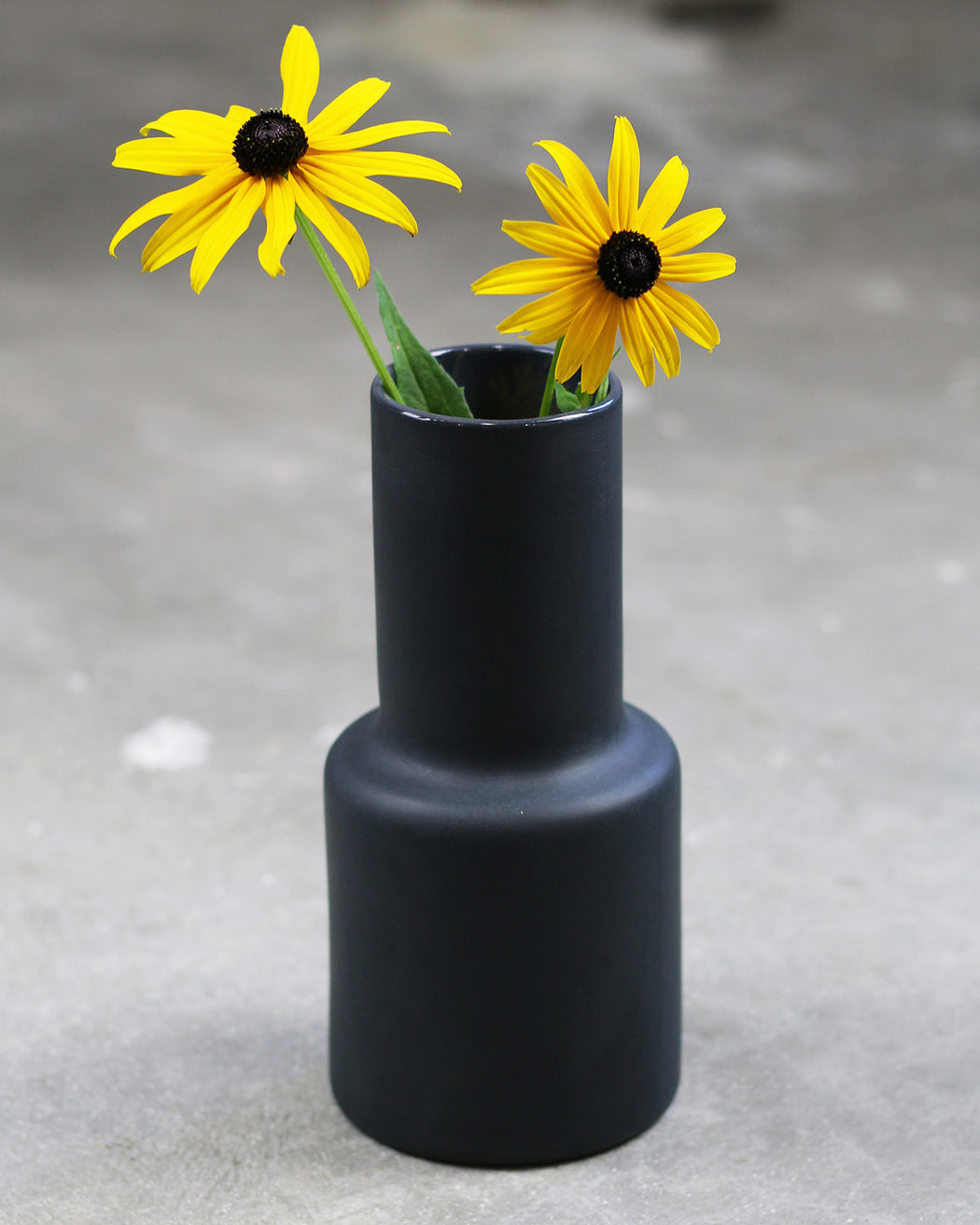 The Granite:Epoca Vase – Solid,coal | SOLD OUT
