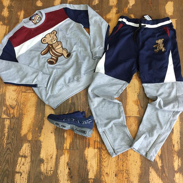 Casual fashion suit with funny bear pattern