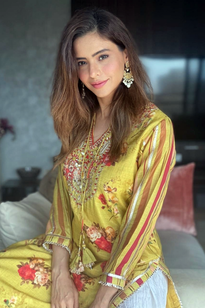 Aamna Sharif | Jaipur Yellow Tunic-Tunic-Gopi Vaid Designs
