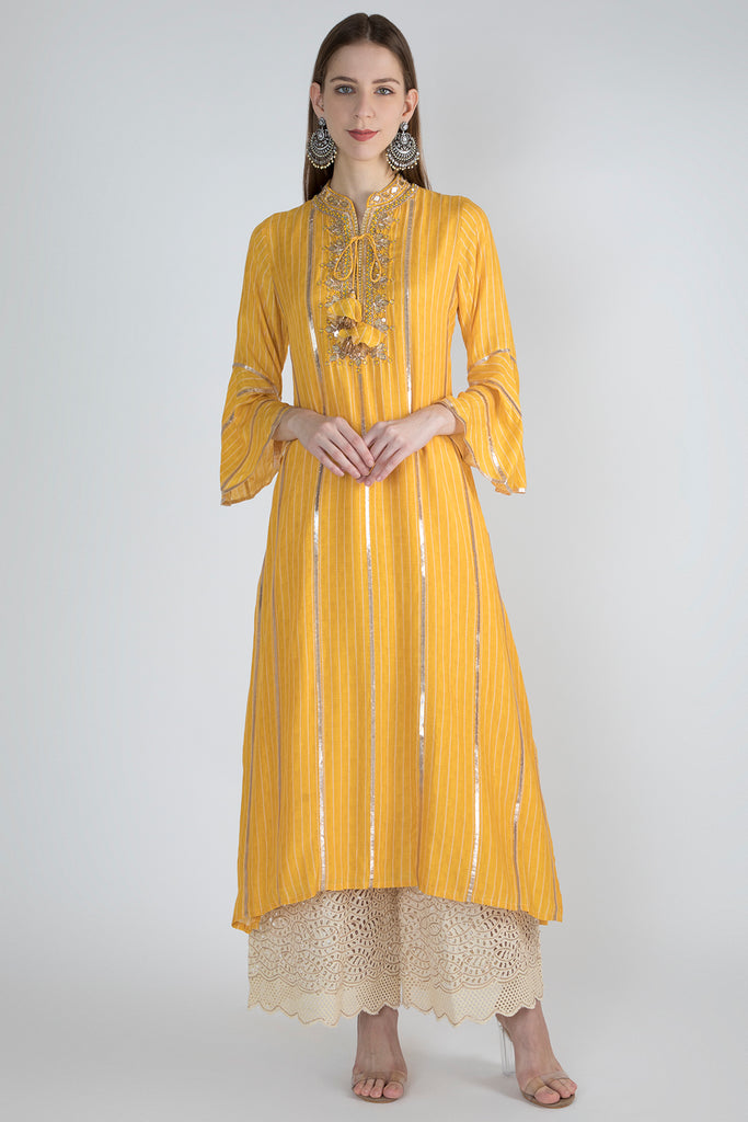 Sara Khan in Sali Tunic-Yellow-Tunic-Gopi Vaid Designs