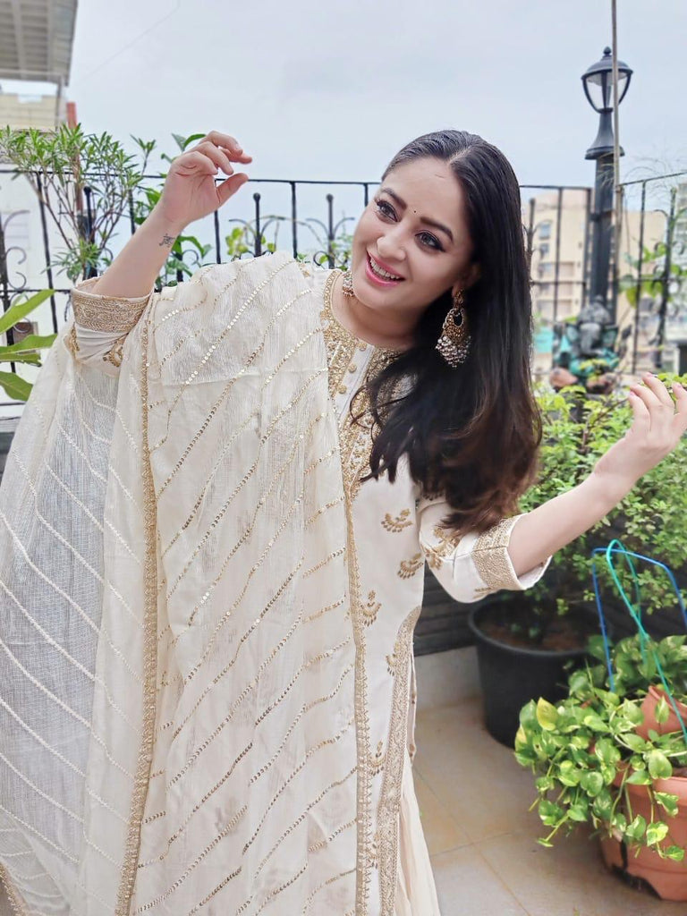 Mahhi Vij in Chandbali Tunic Set - White and Gold-Sharara Set-Gopi Vaid Designs