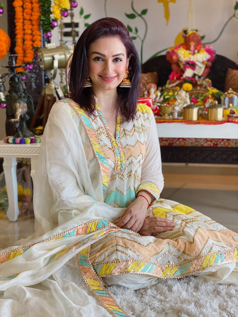 Akriti Kakar in Rangeela Dhoti Set with Dupatta - White-Dhoti Set-Gopi Vaid Designs