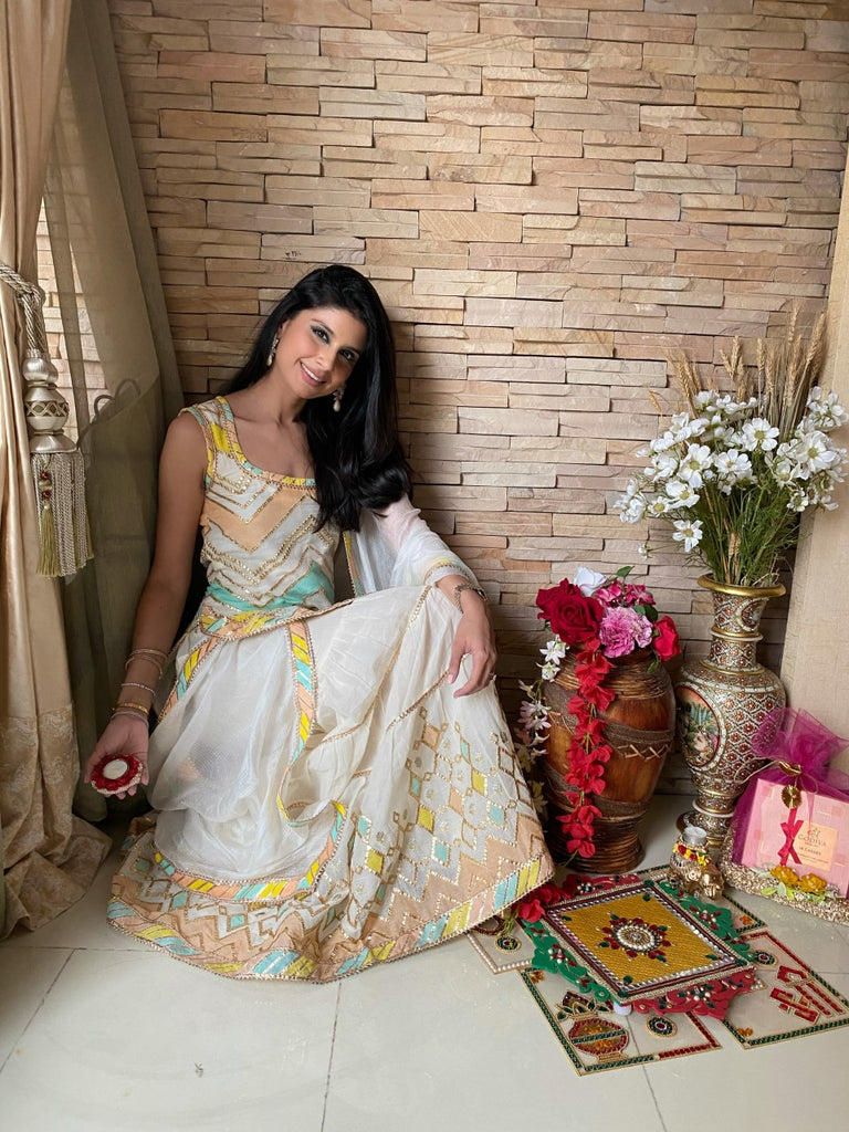 Roshini Daswani in Rangeela Sleeveless Set- Off White-Sharara Set-Gopi Vaid Designs