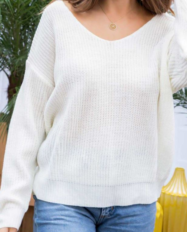 BACK TWISTED HEART BOAT NECK SWEATER