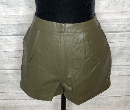 Leather Look Shorts in Olive