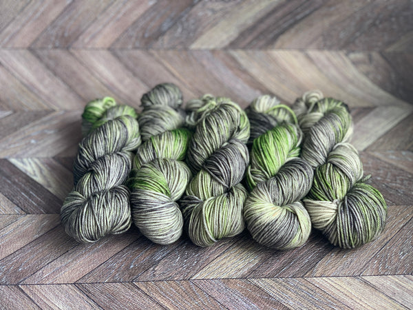 Zed MCN Worsted- Envy