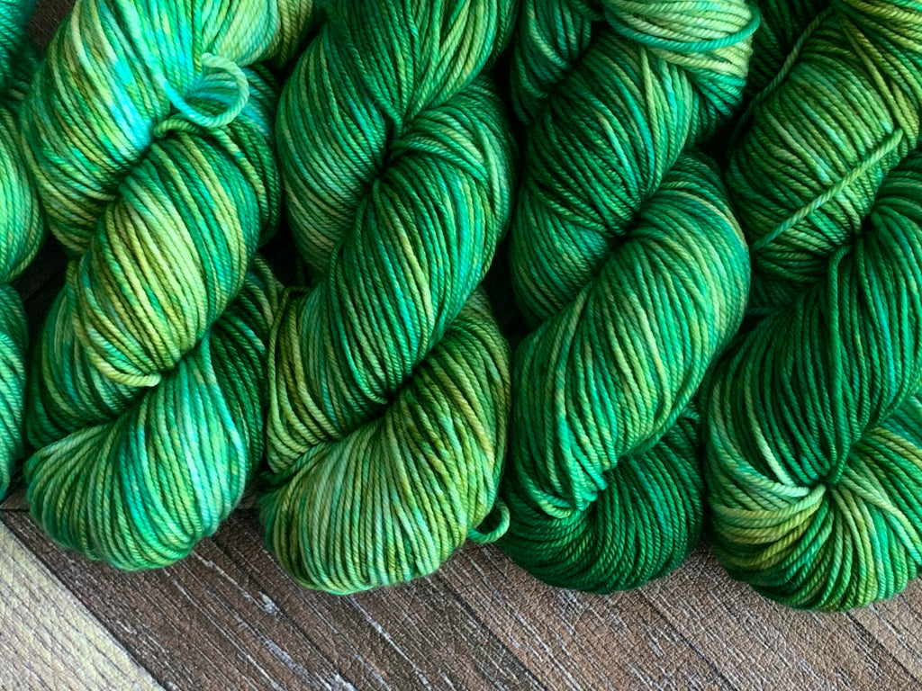 Zed Superfine Merino Worsted- Green Machine