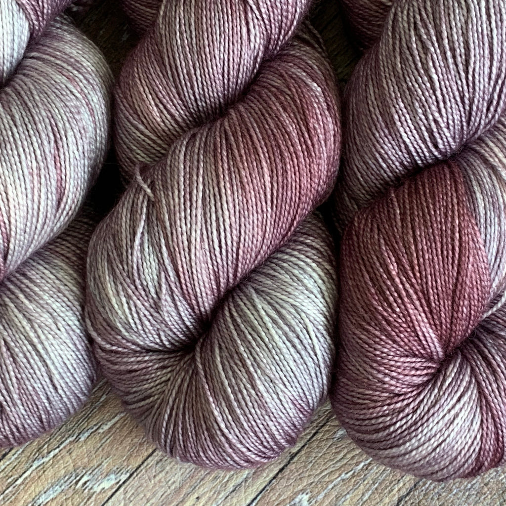 Indulgent Grand Style - Smoky Grape