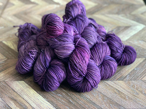 Zed Superfine Merino Worsted- Perfectly Purple