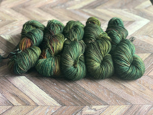 Zed Superfine Merino Worsted- Holly