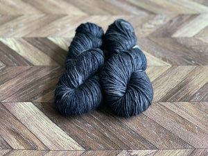 Zed MCN Worsted- Navy