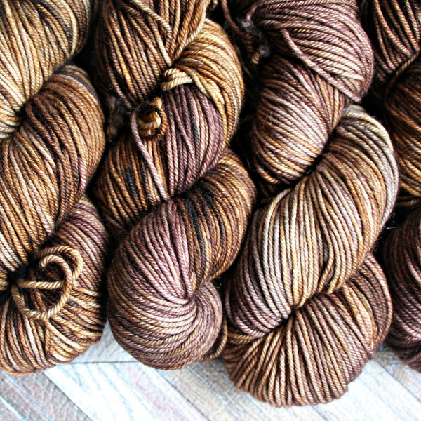 Zed MCN Worsted- Swiss Coffee