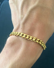 Load image into Gallery viewer, Gold Curb Bracelet