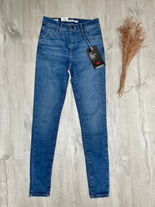 Jeans Levi's coupe 720 taille haute skinny