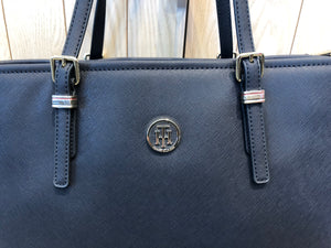 Sac Tommy Hilfiger grand format