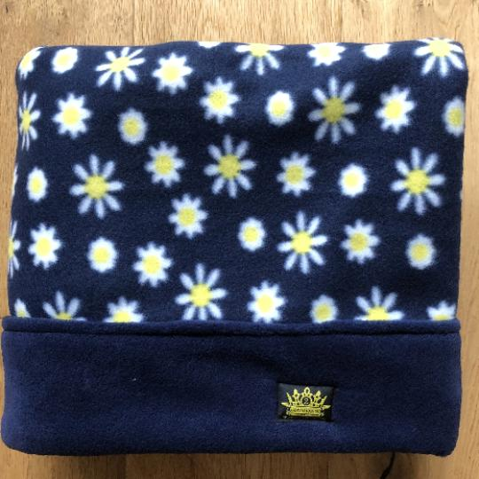 Navy Daisy Flowers with Navy Trim Snuggle Sack