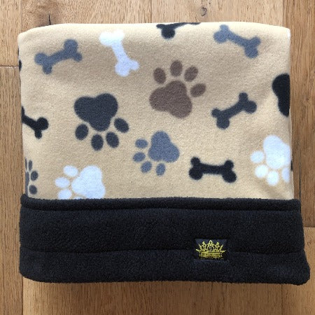 Latte Paws Black Trim Snuggle Sack