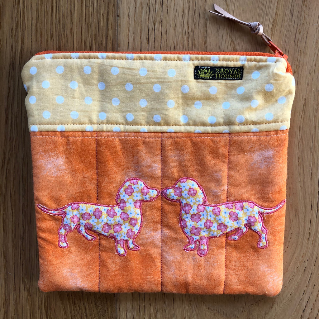 Orange Kissing Dachshund design Quilted Padded Zipper Pouch Bag