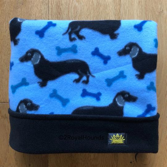 Black Trim Blue Dachshund Design Snuggle Sack