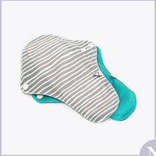 Load image into Gallery viewer, La Petite Ourse - Cloth Sanitary Pads - Night time 2 pk