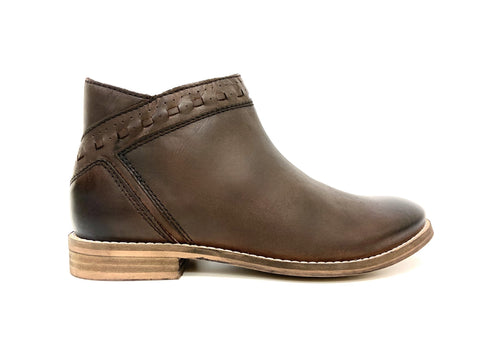 Short ankle boot Brown