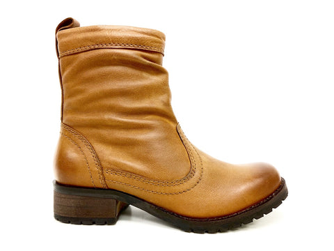 tan slouchy leather boot
