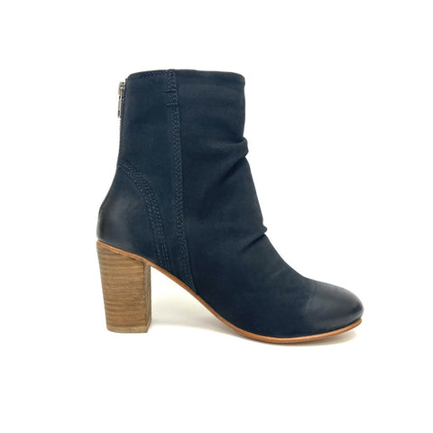Stacked Heel Black slouchy boot