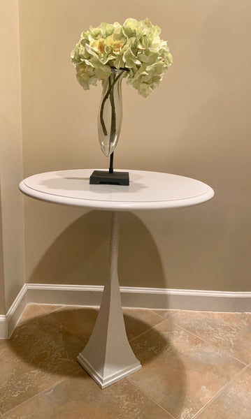 White Lacquered Side Table
