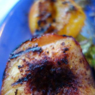 Molé Grilled Peaches