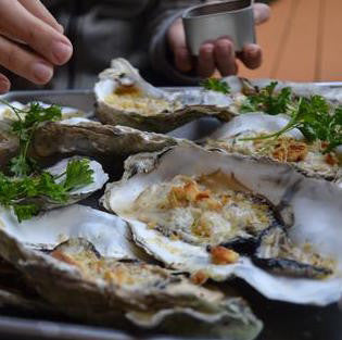 Broiled Oysters with indi chocolate Seafood Spice Rub