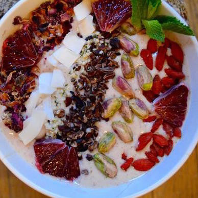 Superfood Smoothie Bowl with indi chocolate Cacao Nibs