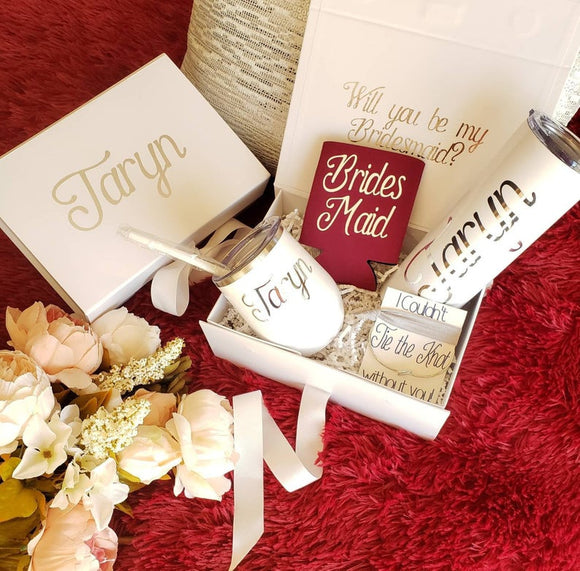 Personalized Bridesmaid Proposal Box Set in Burgundy and White, bridesmaid gift