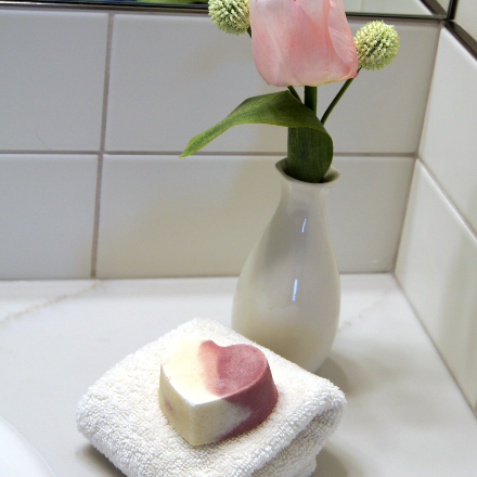 Gin+Tonic Heart Soap