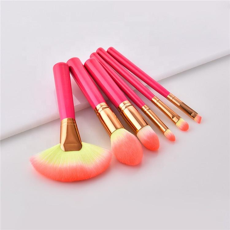 """ CLARA "" BE AN ARTIST - 6 Brushes Set. Kit 6 Pinceaux. - Vizca Cosmetics Paris"