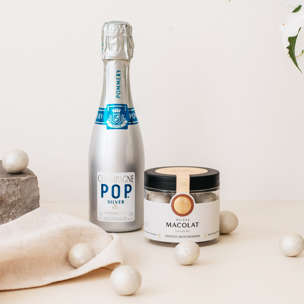 Load image into Gallery viewer, Yoghurt Macolat 100g & Pommery Silver POP Champagne 20cl.