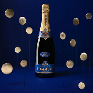 Load image into Gallery viewer, Milk Chocolate Macolat & Pommery Brut Royal Gift Set