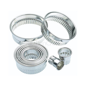 KitchenCraft - Eleven Fluted Cutters With Metal Storage Tin