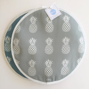 Zed & Co - Set of 2 Hob Covers - Pineapple