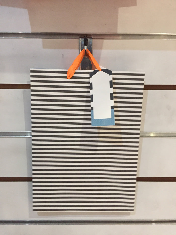 Gift Bag large - B/W Stripes
