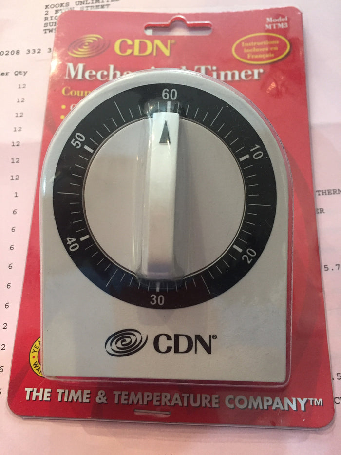 CDN white mechanical timer