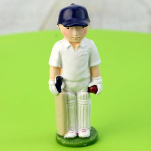 Cricketer resin cake topper