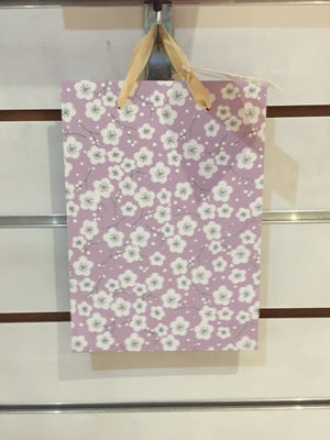 Gift Bag medium - Lilac with Flowers