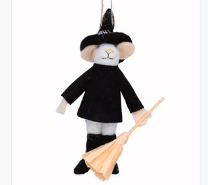 Gislea Graham - Halloween - Mixed Wool Mouse Wizard with Broom Decoration