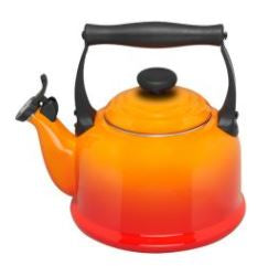 Le Creuset - Traditional Stovetop Whistling Kettle - 2.1L (5 colours available)