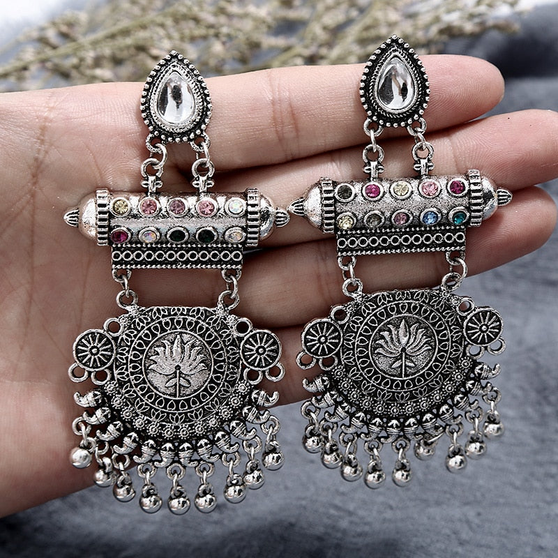 Vintage Bohemia white Hollow Water droplets Round Circle Leaves Roses earrings Charm Ethnic jewelry