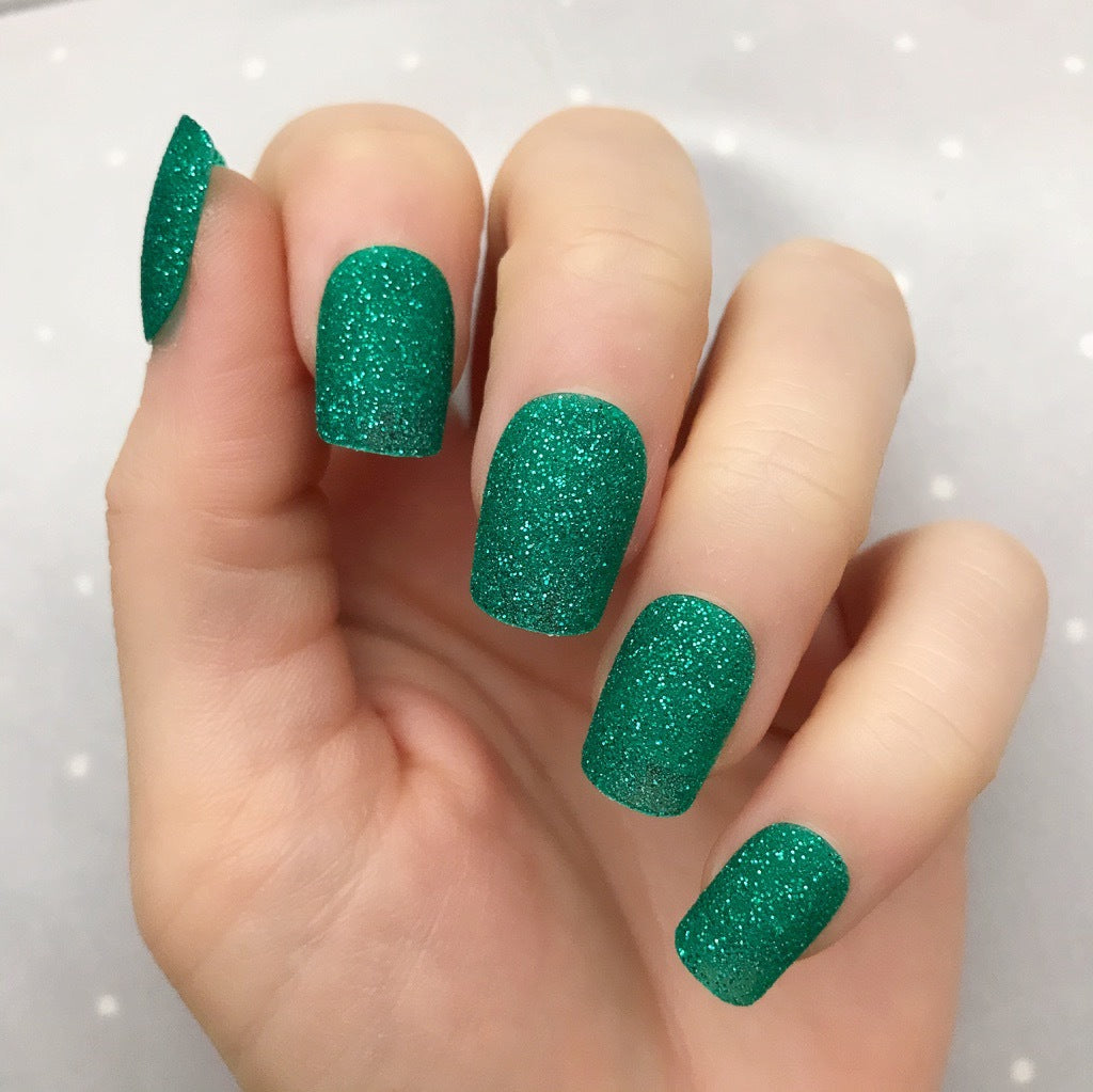 Holiday Green short Square - TheNailsClub