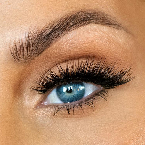 Risque Mink Lashes No.200 - TheNailsClub